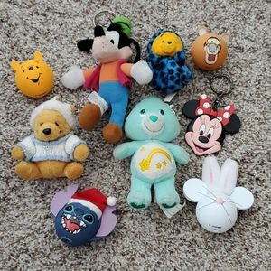 🐭 Disney keychains and antenna decorations
